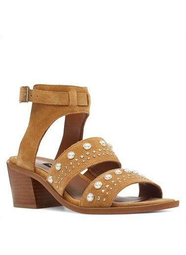 Nine West Kalın Topuklu Sandalet Taba